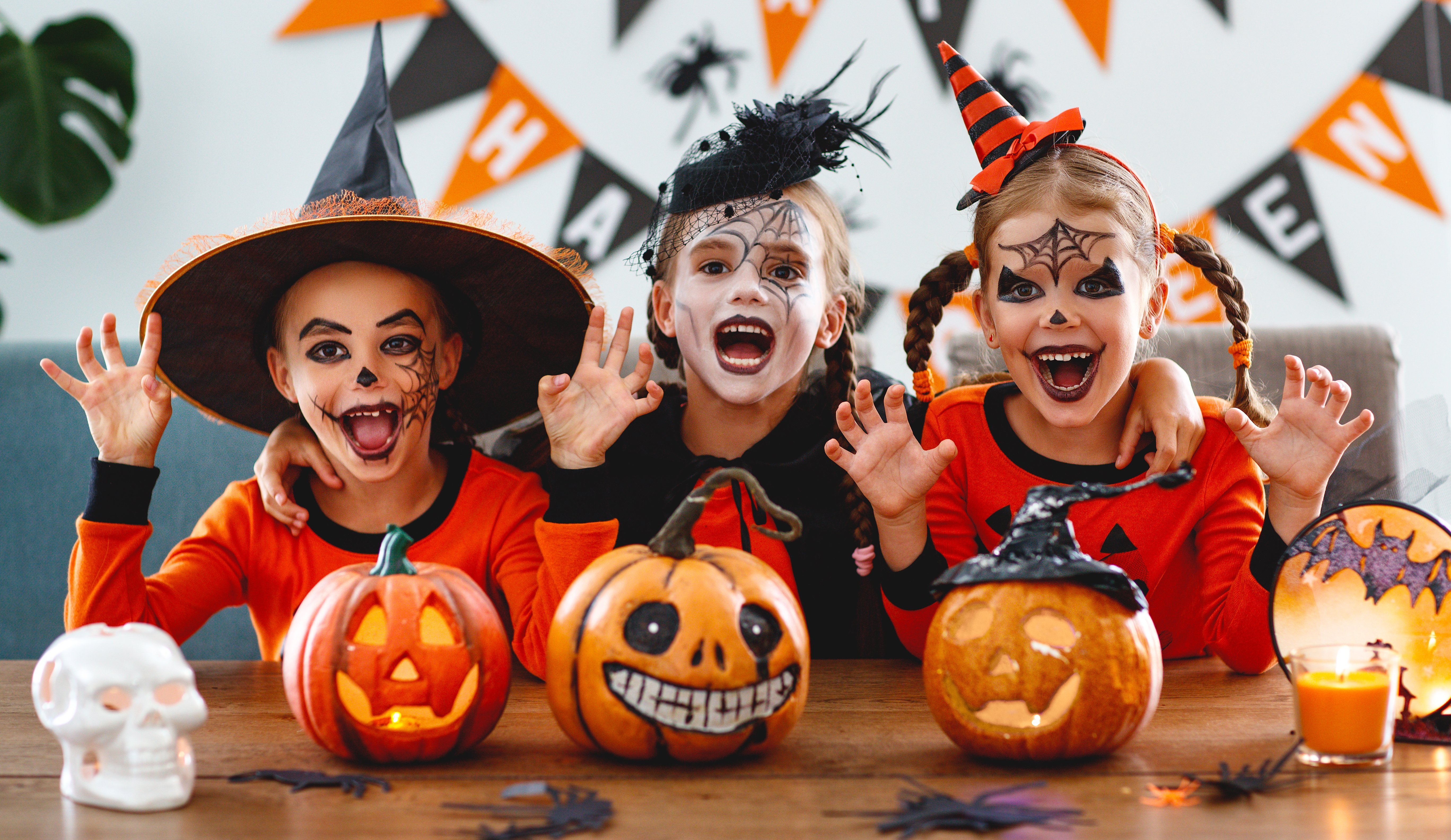 Kids Protection Planning: Jump & Bounce Halloween Costume Contest